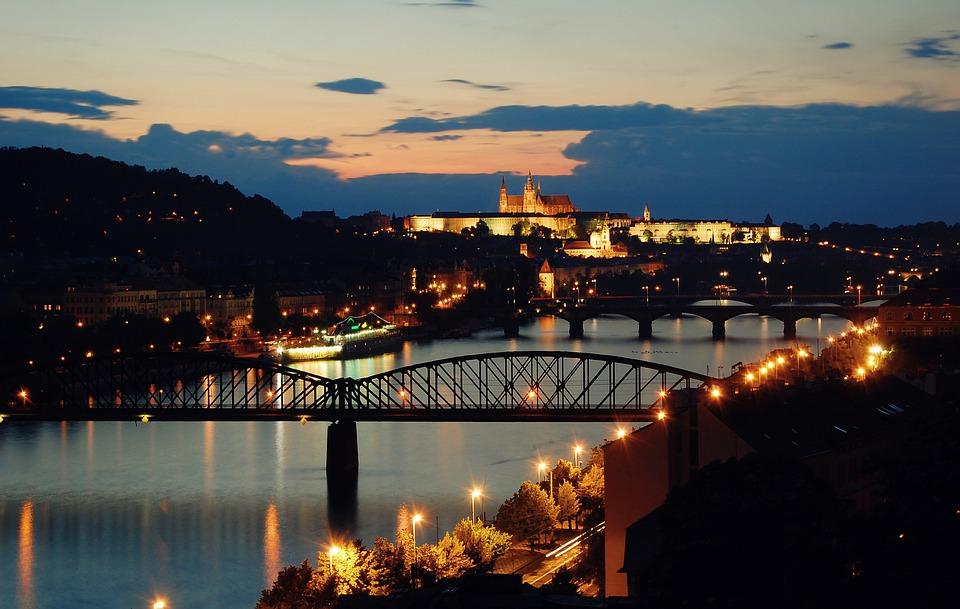 Prag vom UNESCO Weltkulturerbe zur Partymetropole Europas